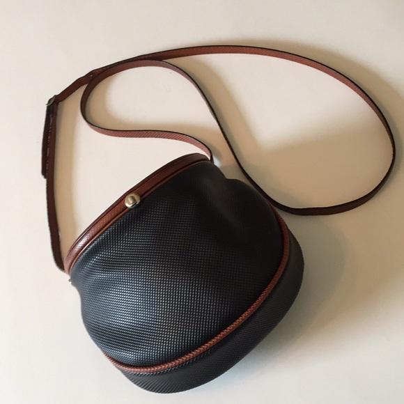 bd7940b44a1 Bottega Veneta Handbags - Vintage Bottega Veneta Creel Crossbody Bag